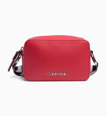f4660037c6f Resultado de búsqueda - Mujer en Accesorios Rojo   Calvin Klein ...