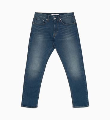 CKJ-056-Athletic-Tapered-Jeans