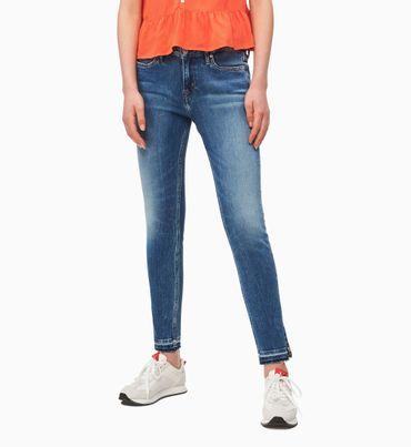 CKJ-001-Jeans-Tobilleros-Super-Skinny