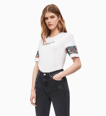 Camiseta-Slim-Floral-con-Puños