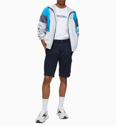 Chamarra-deportiva-relaxed-con-diseño-color-block-Calvin-Klein
