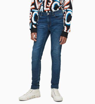 Jeans-Skinny-de-Denim-Resistente-Calvin-Klein