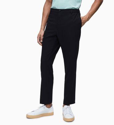 Pantalones-de-gabardina-tapered-Calvin-Klein