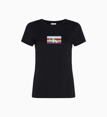 Playera-slim-de-algodon-organico-con-logo-de-arcoiris---The-Pride-Edit-Calvin-Klein