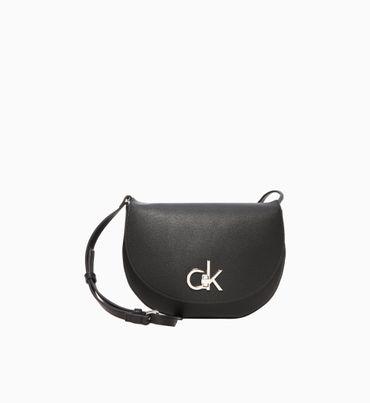 Bolsa-Cruzada-con-Monograma-Calvin-Klein