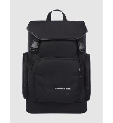Backpack-con-solapa-Calvin-Klein