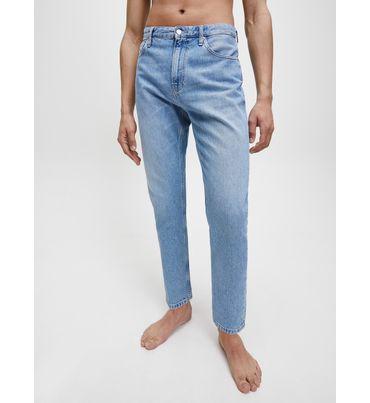 Dad-jeans-Calvin-Klein