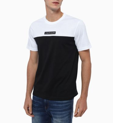 Camiseta-Color-Block-Calvin-Klein