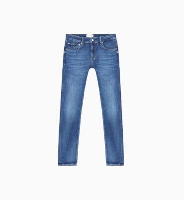 Ckj-026-Slim-Jeans-Calvin-Klein