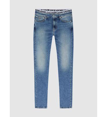 Slim-Tapered-Jeans-Con-Cinturilla-Con-El-Logo-Calvin-Klein