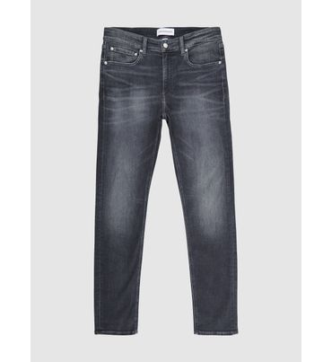 Slim-Tapered-Jeans-Calvin-Klein