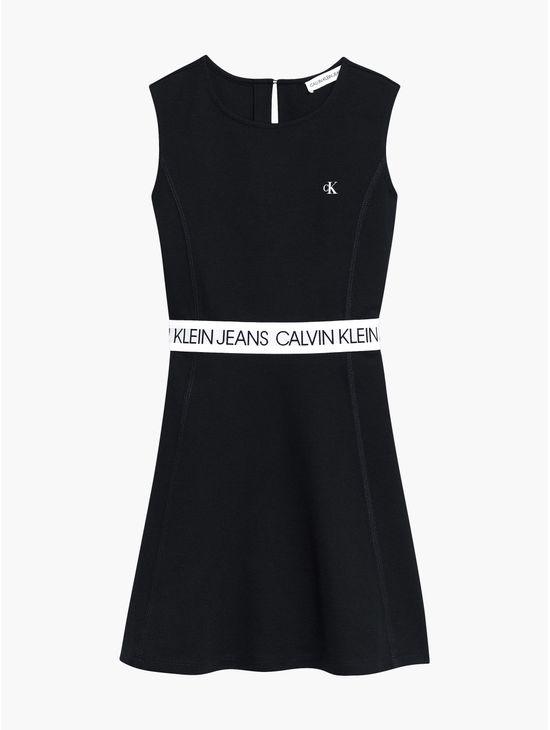 Vestido-con-cinturilla-con-logo-paraniña-Calvin-Klein