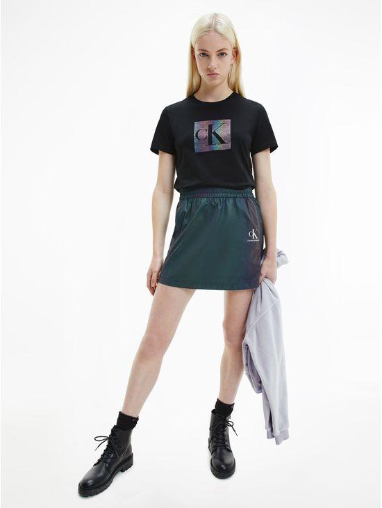 Mini-falda-iriscente-Calvin-Klein