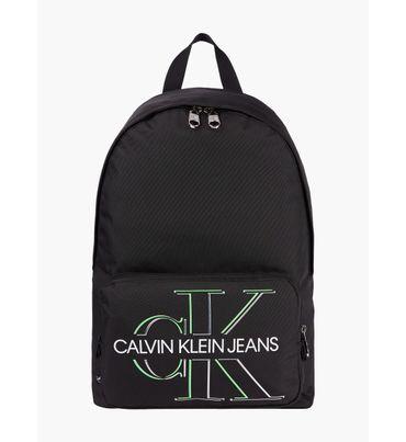 Mochila-redonda-de-nailon-reciclado-Calvin-Klein