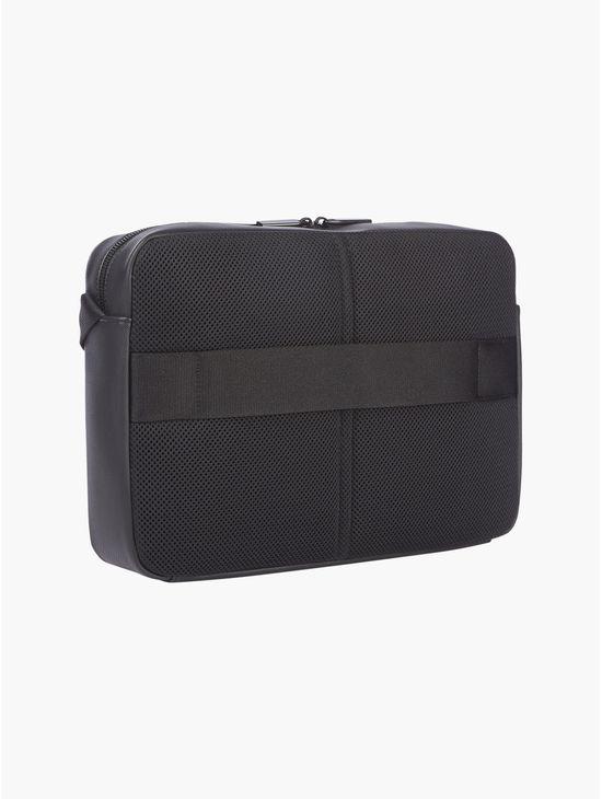 Messenger-bag-Calvin-Klein
