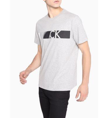 Playera-con-logotipo-estampado-y-lineas-Calvin-Klein