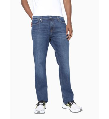 Straight-Jeans-Calvin-Klein
