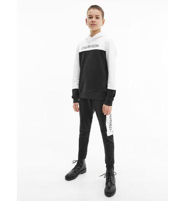 Set-de-pants-y-sudadera-color-block-para-niño-Calvin-Klein