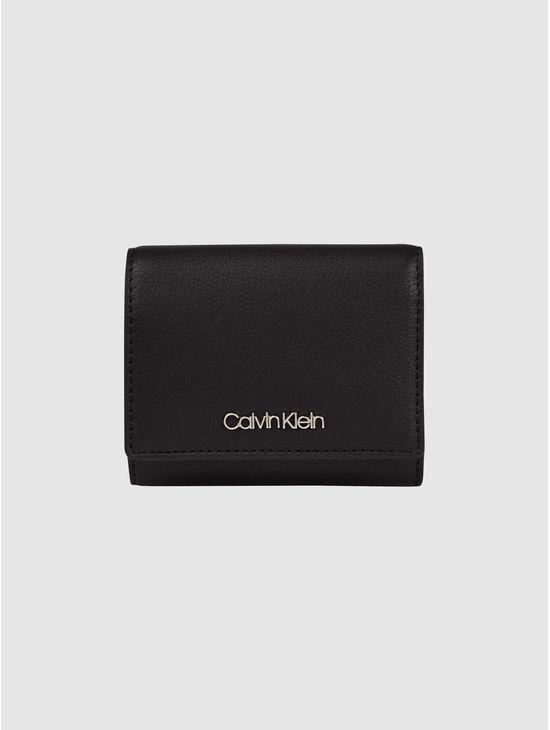 CARTERA-TRIFOLD-Calvin-Klein